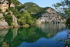 Piaganini-Lake
