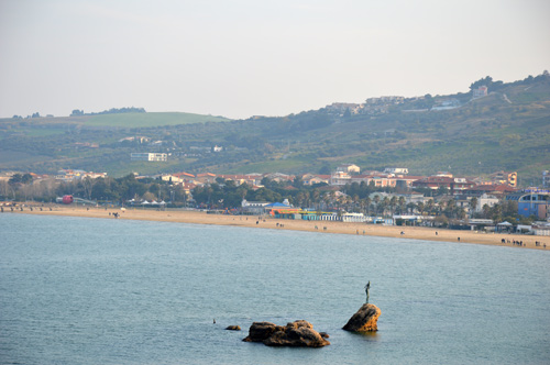 Vasto-Marina-Beach-Mermaid