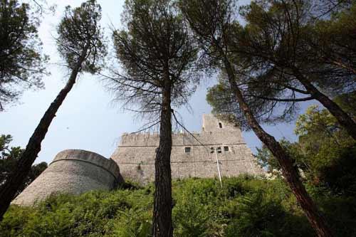 Castel-Monforte-Campobasso
