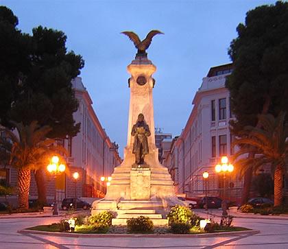 monument-Vasto-city