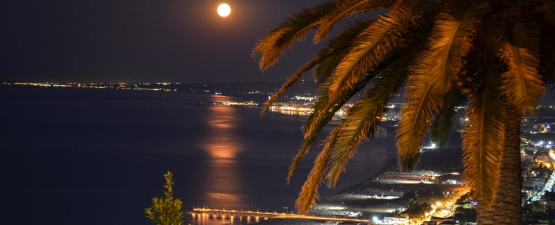 vasto-citi-by-night