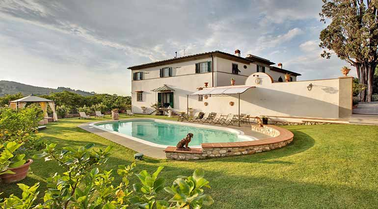 Villas for sale in Italy