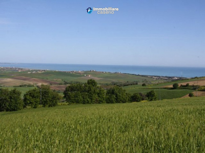 Building-land-with-sea-view-in-Petacciato-for-sale