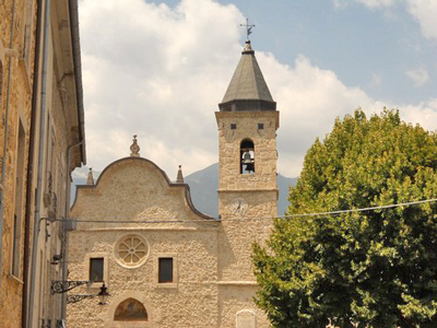 Castel-San-Vincenzo-town-church-Molise