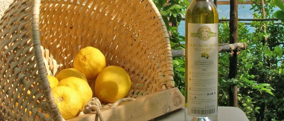 Citrus-flavoured-oil