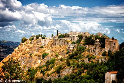 Gessopalena-Chieti-Abruzzo-Italy-The-Ghost-Town
