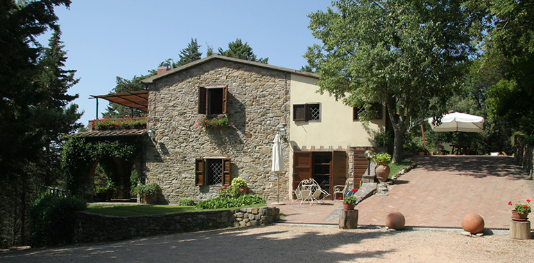 Historic building and rustic homes for sale in Italy