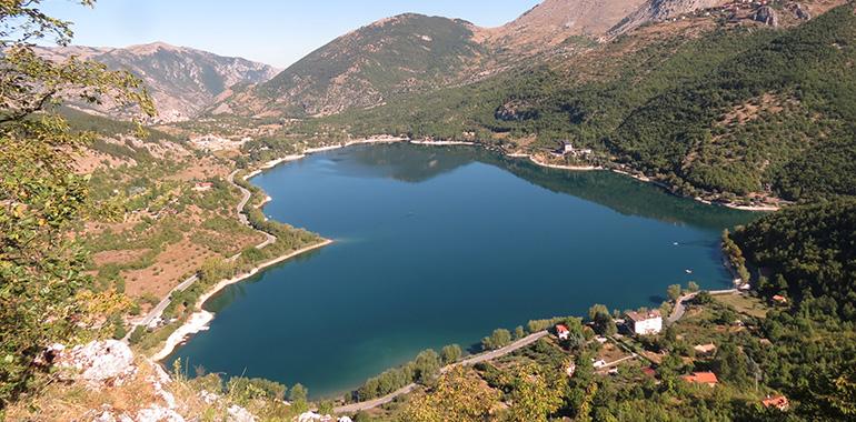 Lake Scanno, Abruzzo, Italy