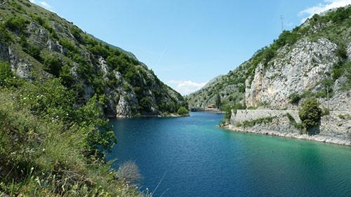 Bomba-lake-Abruzzo-Italy