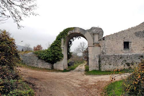 Sepino-Molise-Walls