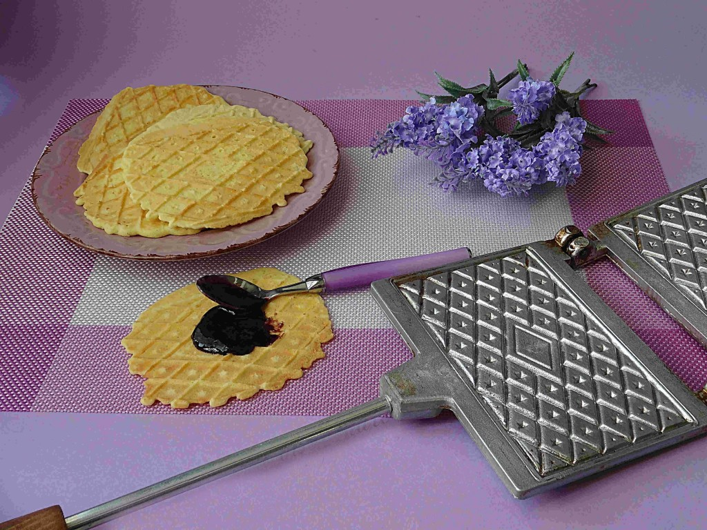 Pizzelle- tradition- Abruzzo- food Italian