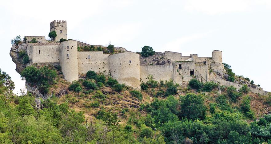 Roccascalegna-chieti-castle