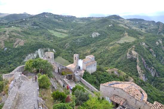 castle-of-roccascalegna