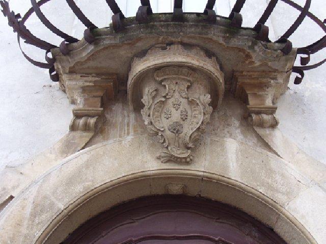 palace-storic-casoli