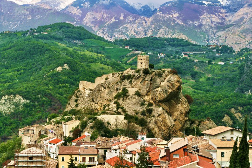 rock-Roccascalegna-chieti-abruzzo