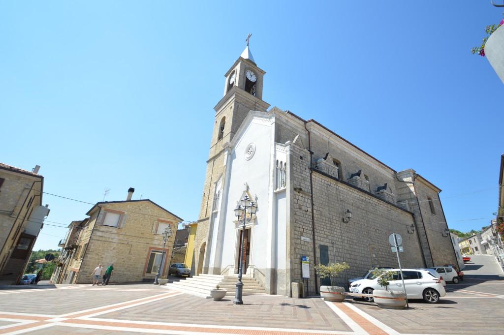 Roccaspinalveti-church-sant-arcangelo