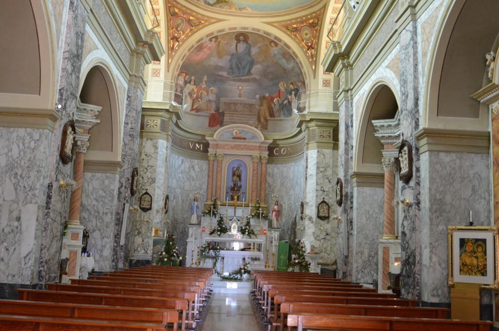internal-church-of-roccaspinalveti