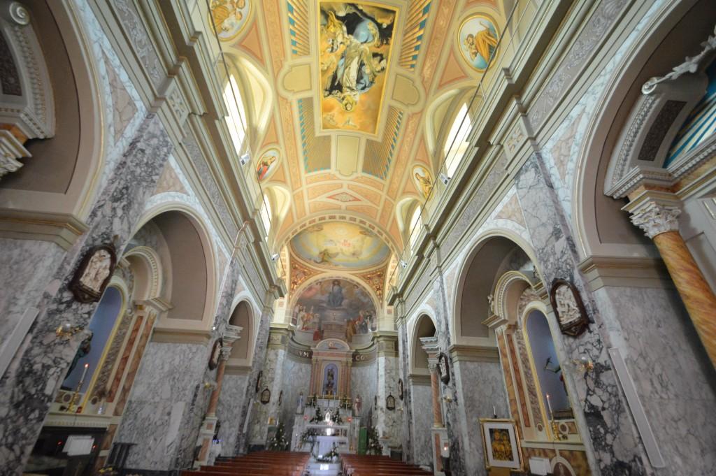 internal-church-roccaspinalveti