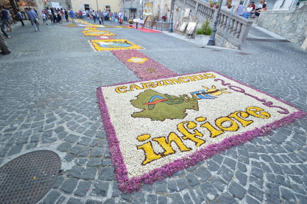 Carunchio-in-flower-event