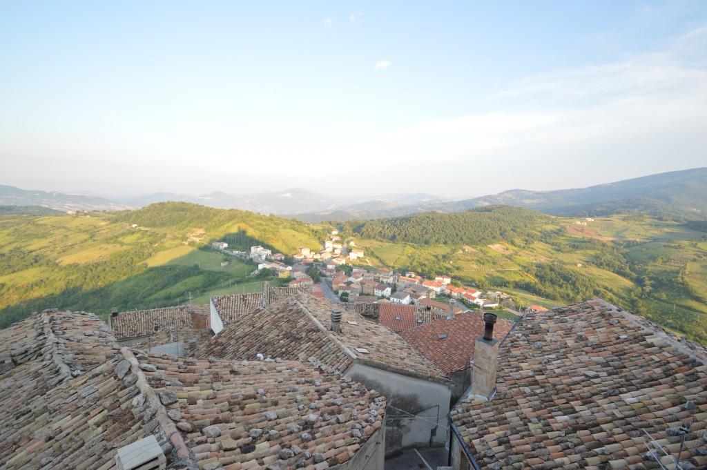 panoramic-view-of-carunchio-abruzzo-chieti