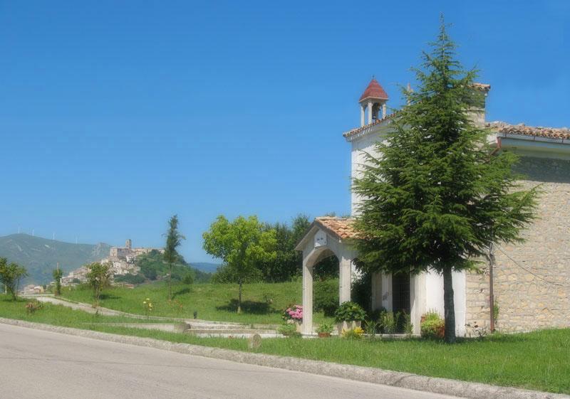 santa-lucia-church-of-carunchio