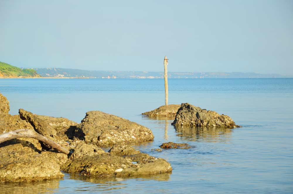 stones-of-punta-aderci