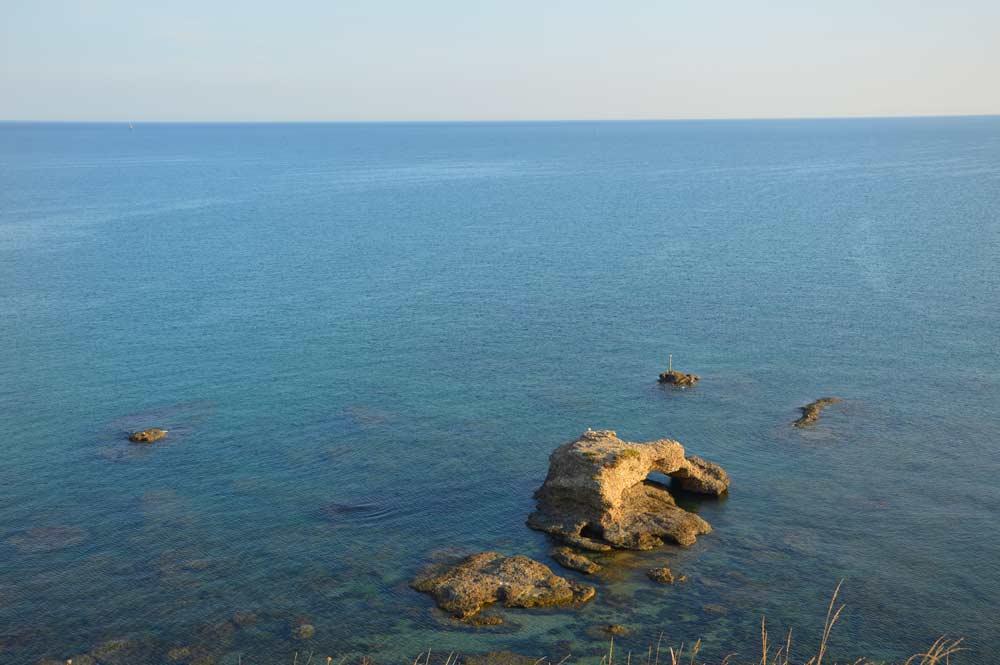 stones-punta-aderci