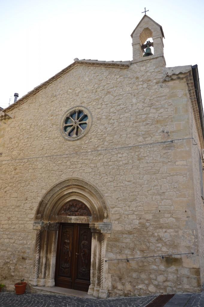 the-church-di-Santa-Maria-carunchio