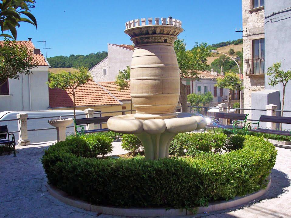 victory-square-castelbottaccio