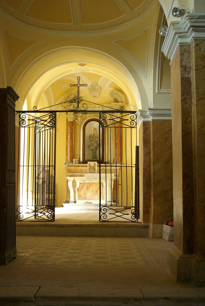 Bagnoli del Trigno interno church San Silvestro