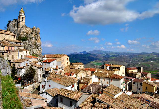 Bagnoli-del-Trigno-village